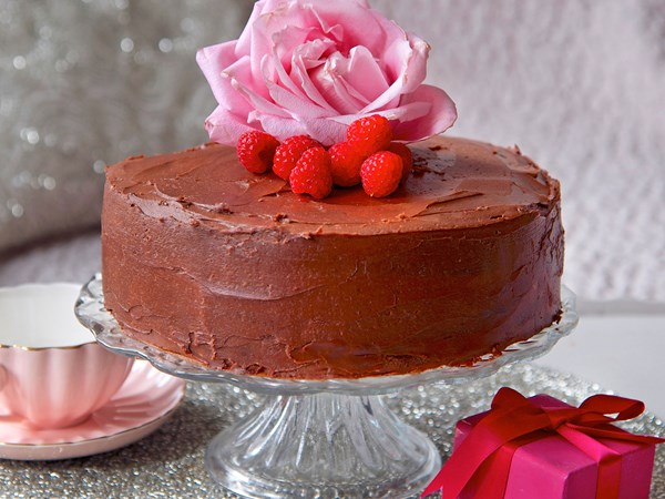 Chocolate layer cake with raspberries
