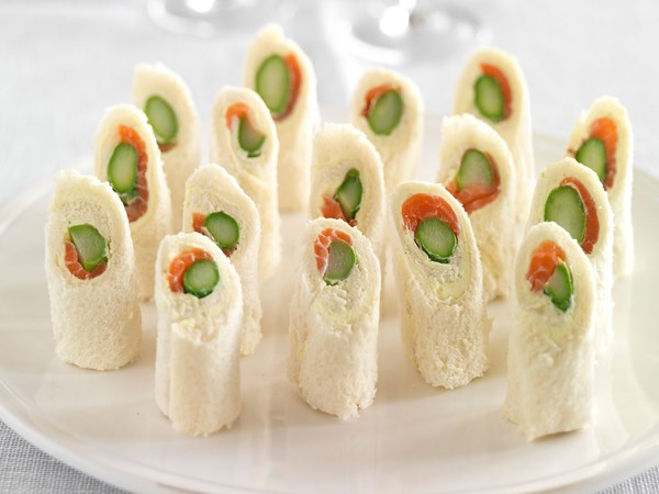 Asparagus and smoked salmon rolls