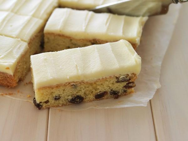 Easy sultana slice
