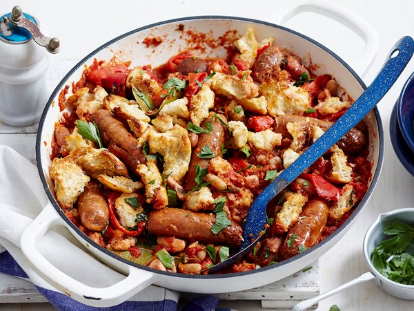 Fast cassoulet with crispy crouton topping
