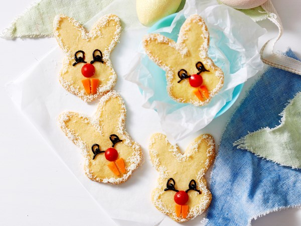 Easy cheesy bunny biscuits