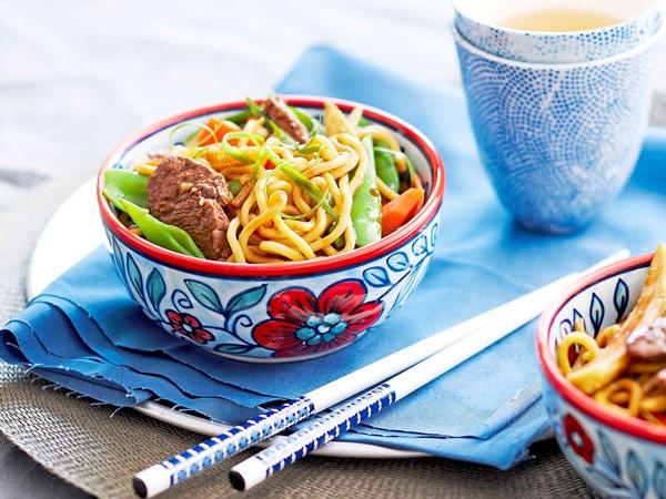 Lamb with hokkien noodles