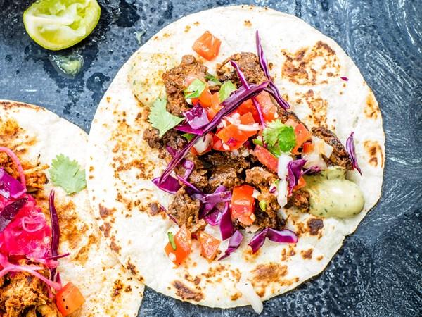 Sizzlin' steak tacos with pico de gallo