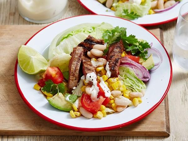 Rump steak with corn salad