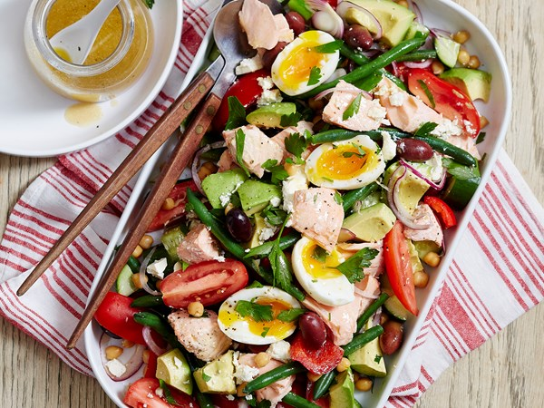 Chickpea and salmon salad