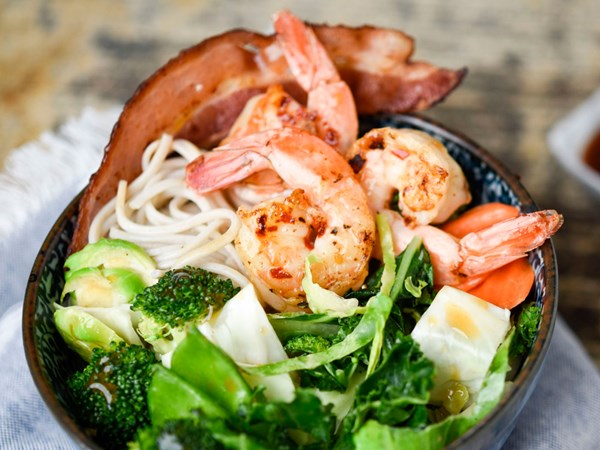 Taylor Farms Ginger Garlic Stir Fry with shrimp, bacon and soba noodles