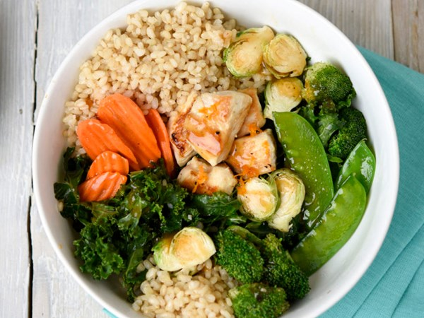 Taylor Farms Orange Stir Fry with chicken and brown rice