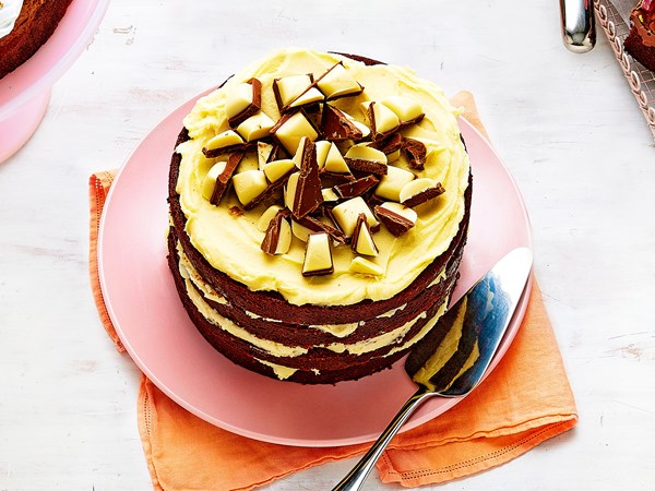 Top deck cake