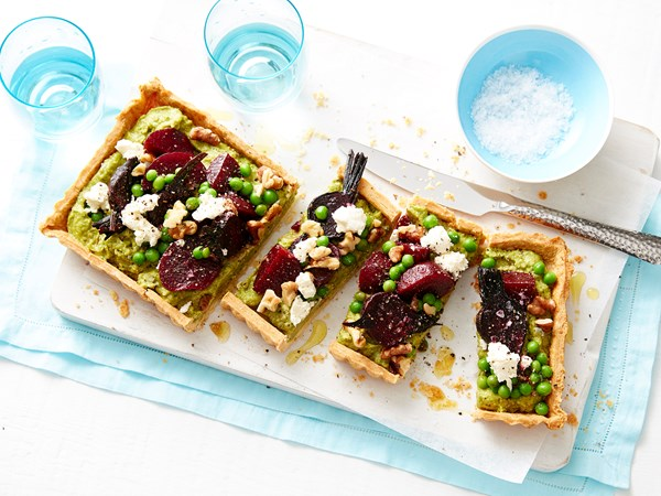 Roast beetroot tart with cheesy pastry