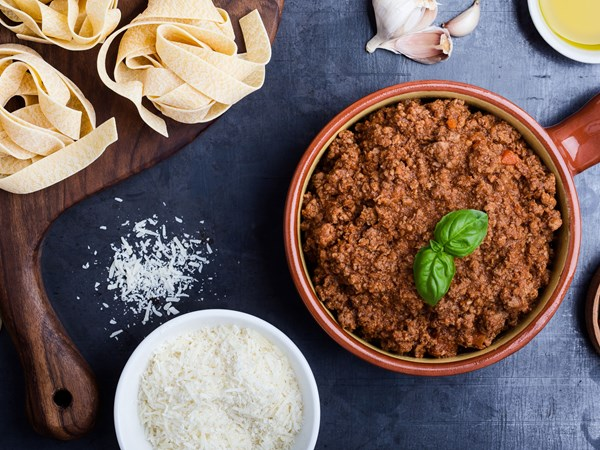 How long do you need to cook mince?