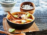 Thai chicken and coconut noodle curry