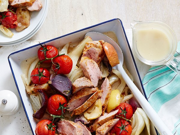 Fast roast pork fillet with apples and red onion