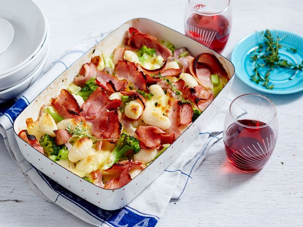 Cheesy gnocchi bake with bacon and broccoli