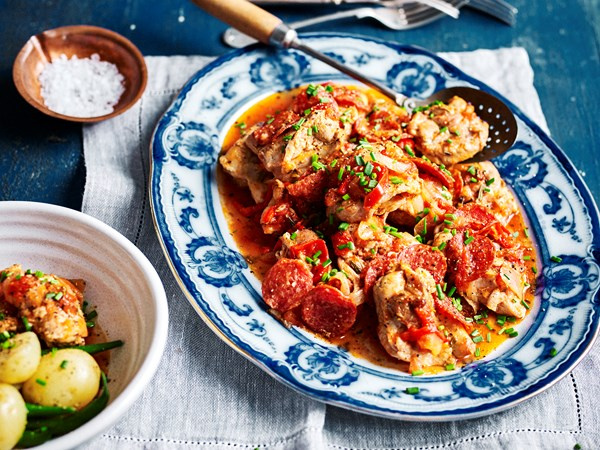 Slow-cooker Italian-style chicken with tomatoes and pepperoni