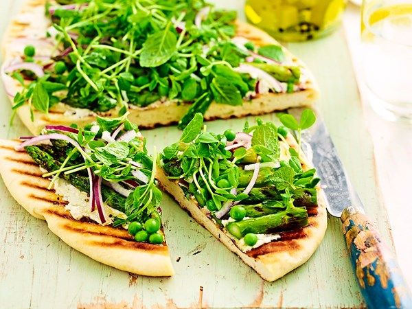 Chargrilled asparagus and pea flatbread