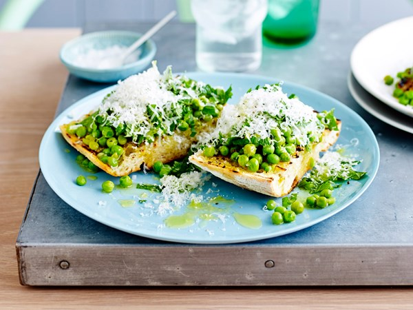 Smashed peas on bruschetta
