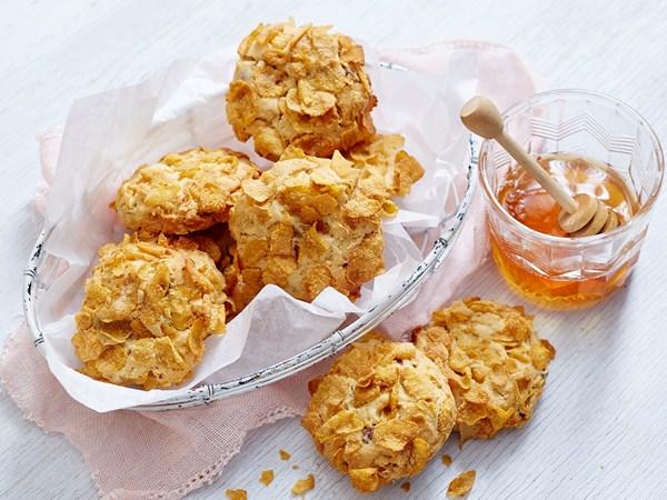Honey and cornflakes choc chip cookies