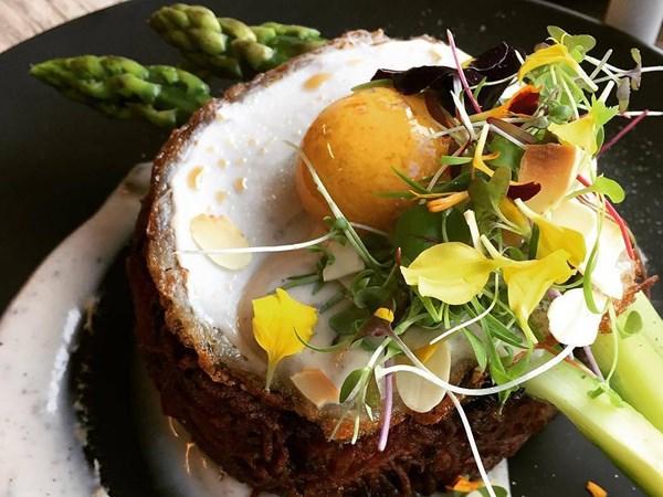 A Melbourne café has invented a vegan egg you'll actually want to eat