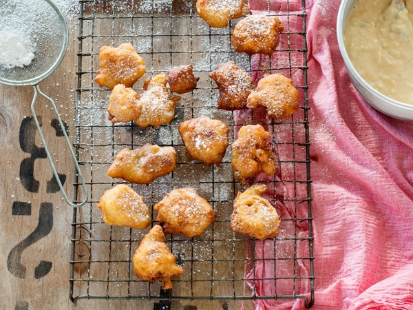 Little apple and walnut fritters