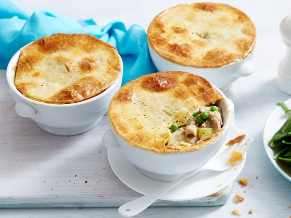 Chicken, leek and pea pies