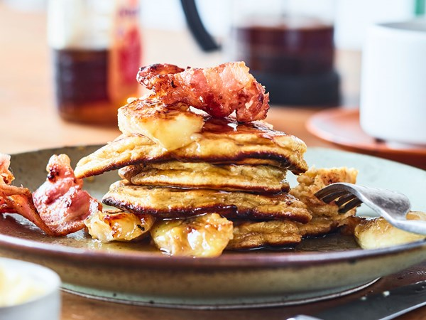 Magical gluten-free banana pancakes with crispy bacon