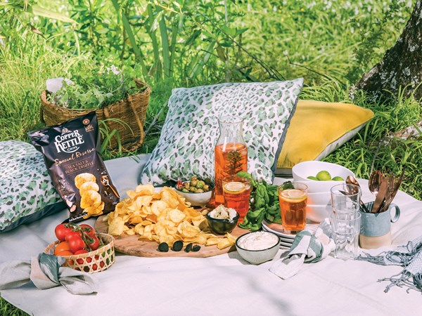 Win $1000 worth of entertaining essentials with Copper Kettle