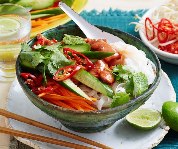 how to make vietnamese rice noodle salad