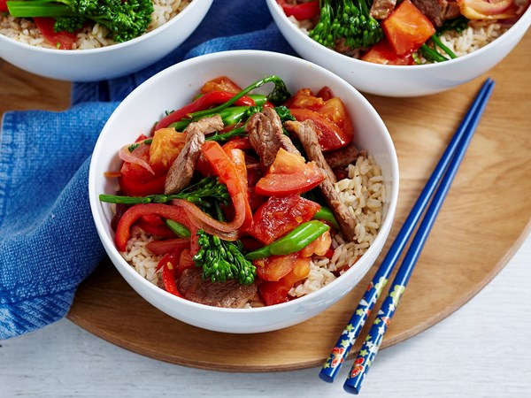 Lamb and tomato stir-fry