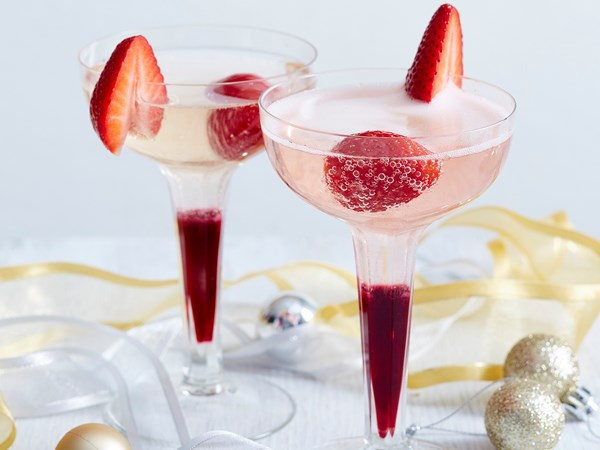 Strawberry and hibiscus champagne