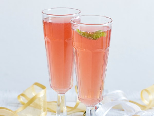Easy champagne cosmo