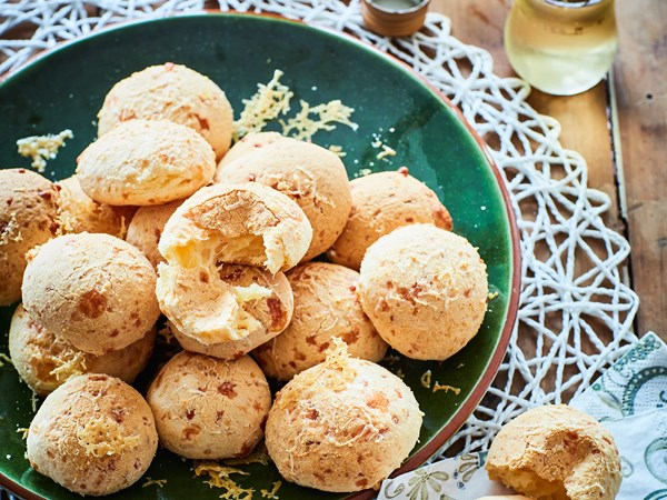 Warm Brazilian cheese bread puffs (pão de queijo)