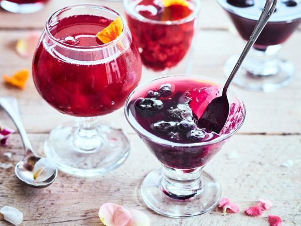 Easy raspberry, blueberry and cherry fruit jewel jellies