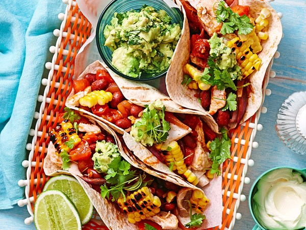 Chicken and corn soft tacos