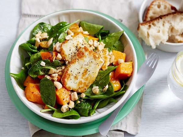 Pumpkin, spinach and haloumi salad
