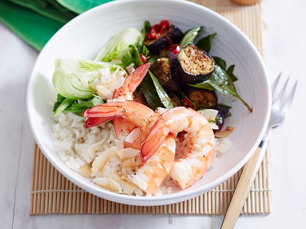 Thai coconut prawn poke bowl