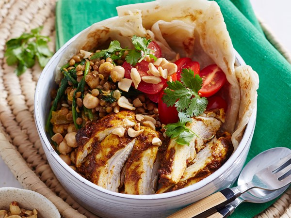 Chicken madras poke bowl with lentils, chickpeas and spinach
