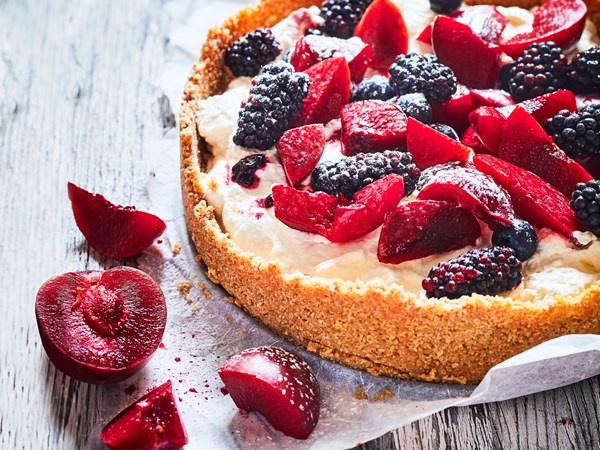 No-bake plum, berry and goat's cheese cream pie