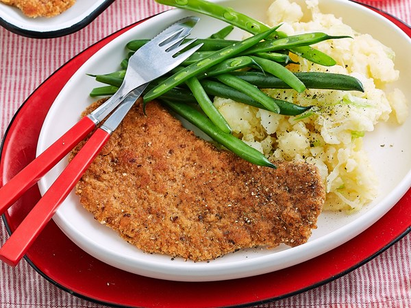 Veal schnitzel with potato and cabbage smash