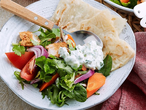 Tandoori chicken salad with cucumber yoghurt dressing