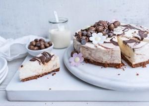 4 tasty ways to turn yoghurt into dessert with Yoplait