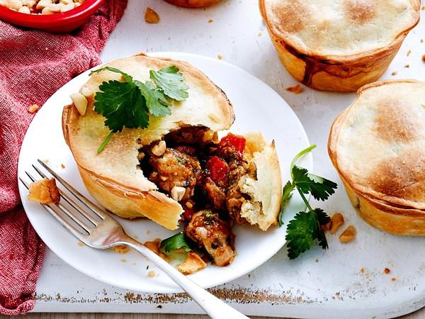 Chicken satay pies