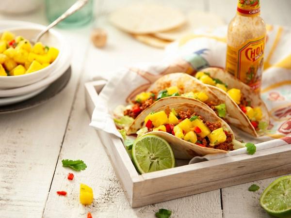Pork tacos with chunky pineapple salsa