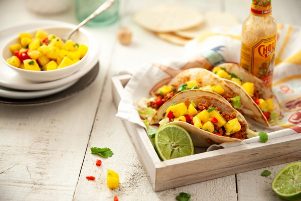 Pork tacos with chunky pineapple salsa