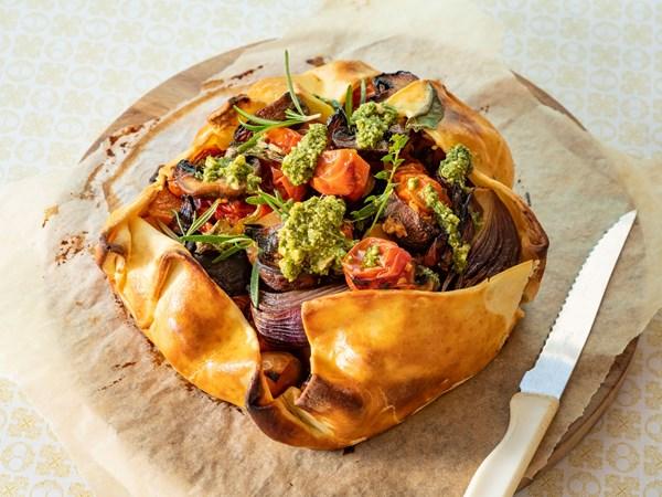 Rustic vegetable pie