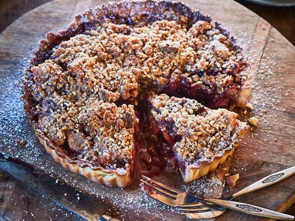 Tamarillo crumble tart