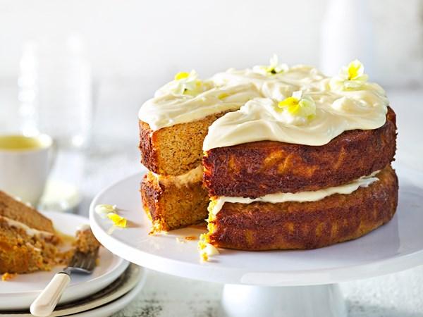 Flourless carrot and almond spice cake