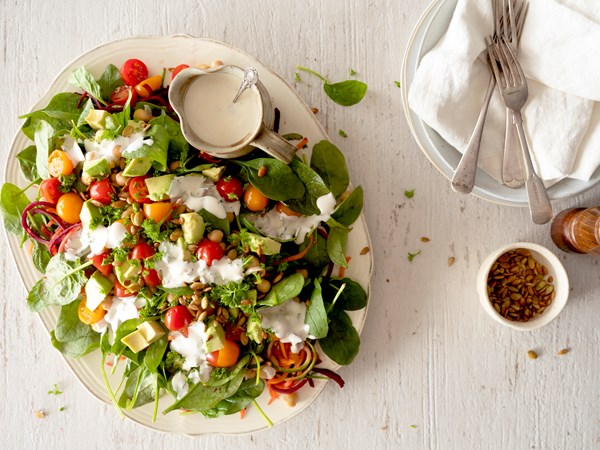 Chickpea and baby spinach salad with Yoplait Decadent Lemon Dressing