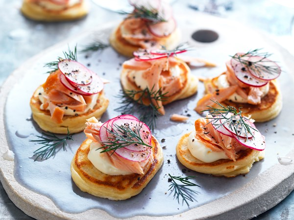 Spelt blini with hot-smoked salmon and crème fraîche
