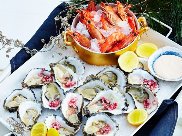 Prawn and oyster platter