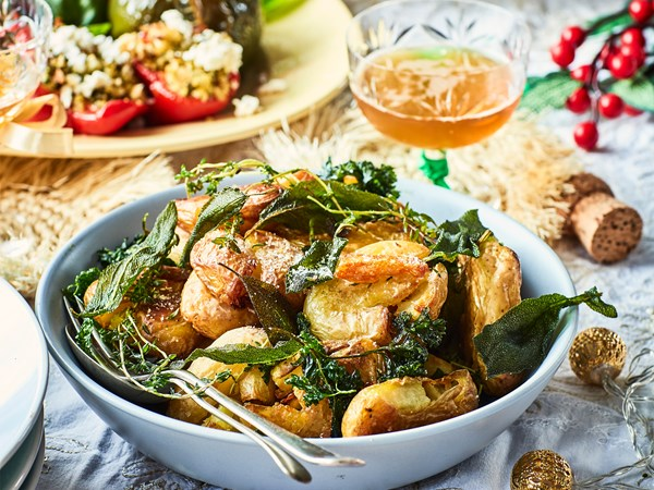 Roasted potatoes with crispy herbs